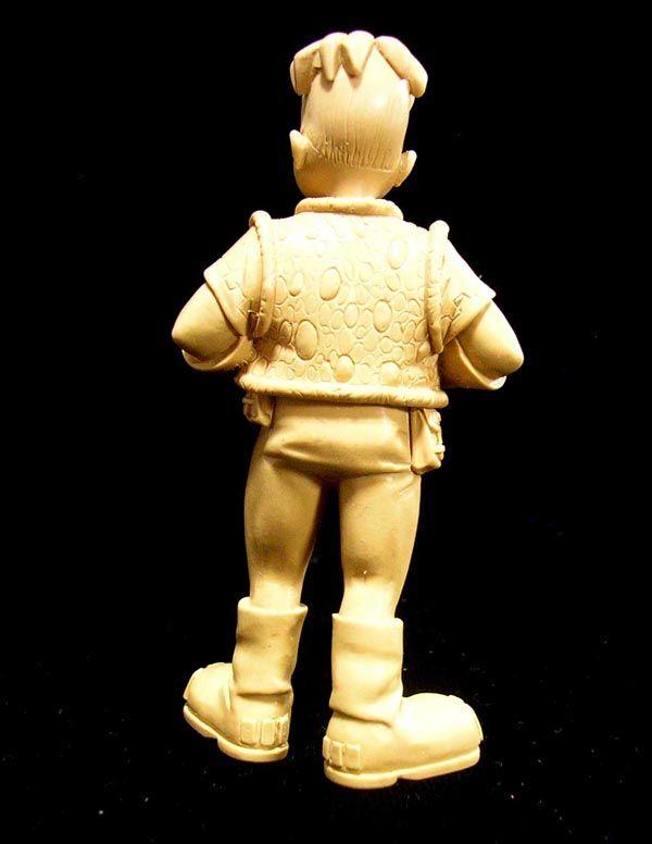 28 Ralf Sculpt
